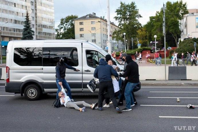 «Марш героїв» у Мінську: затримали вже 250 протестувальників