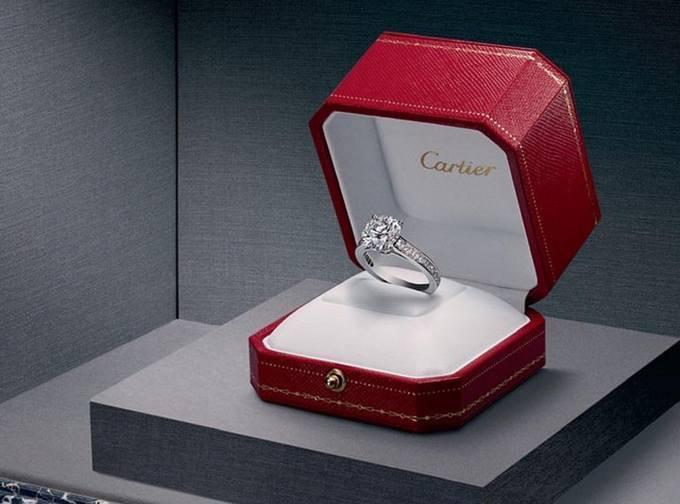 Роналду подарил невесте кольцо Cartier за 615 000 фунтов