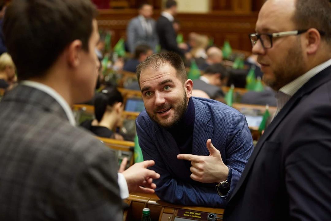 Олександр Юрченко випливає, що в політиці з 2011 року