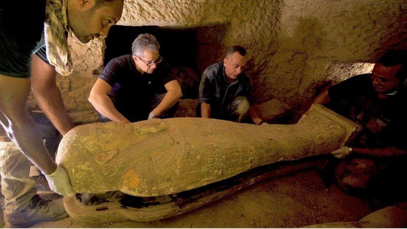 Археологи знайшли в Єгипті саркофаги, яким понад дві тисячі років