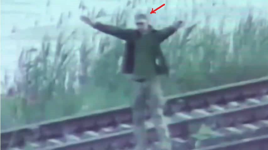 Скріншот із відео, яке поширила прикордонна служба ФСБ Росії з військовослужбовцем ЗСУ Добринським