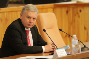 Росія збільшила кількість військових у Криму до 42 тисяч — Таран  у Європарламенті