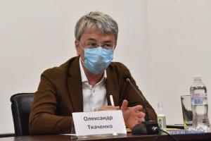 Безбар'єрність в інформполітиці полягає у праві висловлювати власну думку – Ткаченко