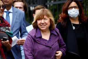 Алексиевич призвала ООН создать механизм расследования ситуациия в Беларуси