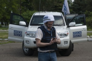 OSCE spots 17 Russian tanks near Myrne in occupied Luhansk region