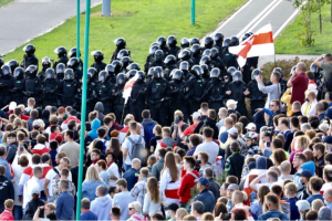 Міжнародна спільнота засудила навмисне відключення інтернету в Білорусі
