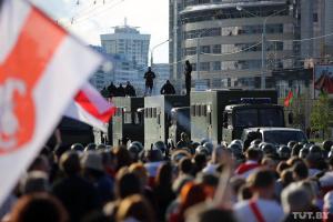 Біля стели «Мінськ - місто-герой» зібралися 15 тисяч учасників акції протесту