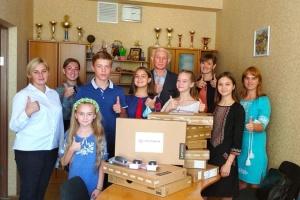 Українці Естонії підтримують кілька шкіл і дитячий центр на сході України