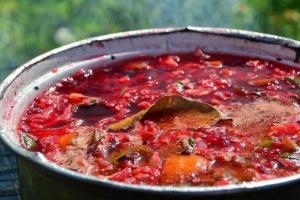 В Україні проведуть онлайн-фестиваль приготування борщу