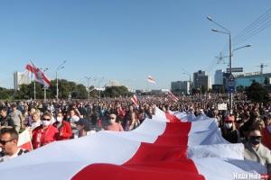 Марш справедливости в Минске собрал более 100 тысяч человек - СМИ