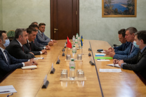 Gabinete de Ministros: Las industrias espaciales de Ucrania y Turquía profundizan la cooperación