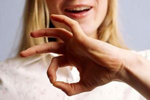 Сегодня Международный день жестовых языков