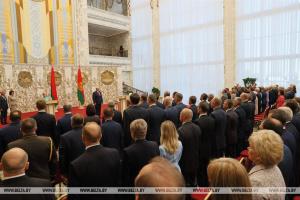 """Опозиція назвала інавгурацію Лукашенка """"злодійською сходкою"""""""