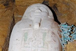 Археологи знайшли в Єгипті саркофаг, якому 2 600 років