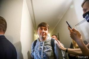 """Головреда газети """"Наша Нiва"""" затримали у справі про """"наклеп"""" на заступника міністра"""