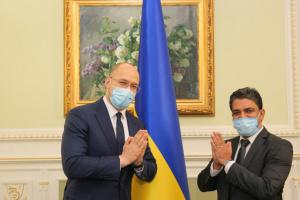 Шмыгаль обсудил с послом Индии сотрудничество в разных сферах