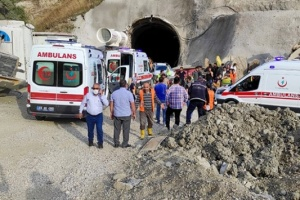 У результаті вибуху у тунелі на сході Туреччини постраждали 11 осіб