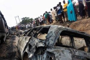 В Нигерии взорвался бензовоз: погибли 28 человек