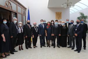 Zelensky entrega premios estatales a representantes de la comunidad ucraniana en Eslovaquia