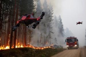 В США представили гибридный дрон-пожарник