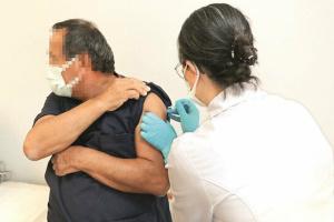 Китайську вакцину випробовують на добровольцях у Туреччині
