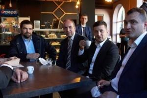 Кава на карантині: КСУ отримав подання про покарання для Президента