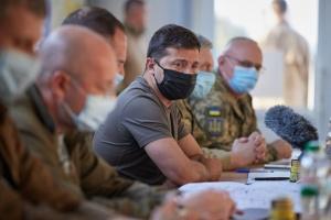 Розведення сил та нові пункти пропуску: Зеленський провів нараду на Донеччині