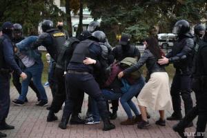У Білорусі зростає кількість затриманих на акціях протесту