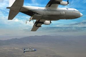 США випробували безпілотник, який можна запускати і ловити в польоті