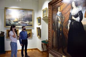 Сумщина предложила туристам аудиогид по музею и мобильное приложение