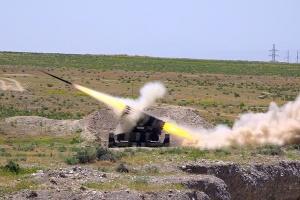 Азербайджан заявляет об артобстреле здания Тертерского суда, есть погибший и раненые