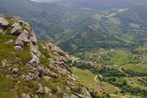 Украинцам рекомендуют не ехать в регионы вблизи Нагорного Карабаха