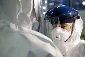 В Киеве за время пандемии заболели уже 3072 медика