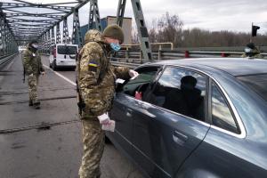 Streitkräfte melden über 1.060 Coronavirus-Fälle, ein Soldat gestorben