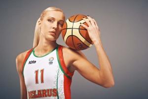 У Білорусі затримали баскетболістку збірної, яка брала участь у протестах