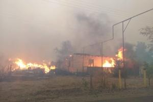 На Луганщине загорелся десятки зданий, 1200 - без электричества
