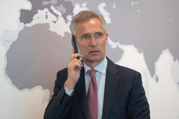 Zelensky informs Stoltenberg about escalation on Ukraine's border with Russia