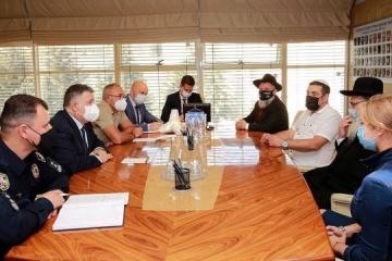 Avákov pide a los peregrinos jasídicos respetar la ley ucraniana