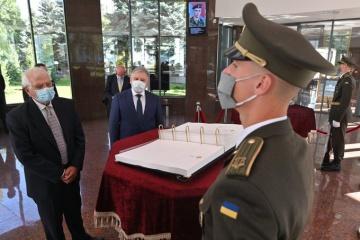 Borrell, Taran meet to discuss EU-Ukraine security cooperation