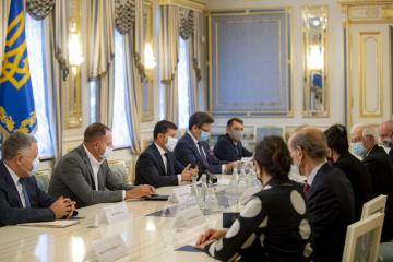 ゼレンシキー大統領とボレルEU上級代表、汚職との闘い等国内改革を協議