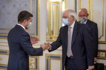 ゼレンシキー大統領、ボレルEU上級代表とクリミア問題協議の場の設置を議論