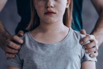 В Україні збільшується кількість сексуальних злочинів щодо дітей - представниця омбудсмена