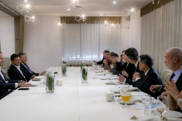 Zelensky meets with G7 and EU ambassadors