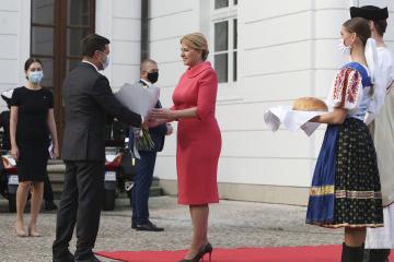 ウクライナのEU加盟の具体的条件を定めるべき=スロバキア大統領