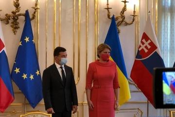 ゼレンシキー大統領、ベラルーシ情勢につき「民と対話をしない政権は消滅する」