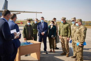 Zelensky instructs to 'put on pause' training flights of Antonov aircraft