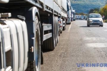 Ruch ciężarówek na granicy ukraińsko-polskiej wzrósł o prawie 30%