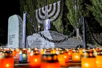 Exteriores: Ucrania insta a un recuerdo basado en pruebas de la tragedia de Babi Yar