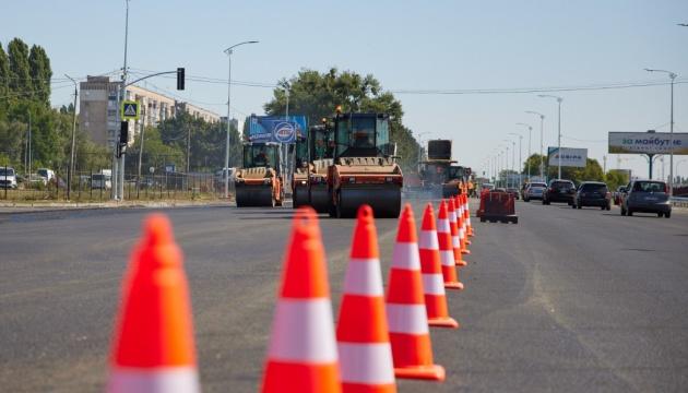 Зеленський на Полтавщині перевірив, як ремонтують трасу Київ–Харків