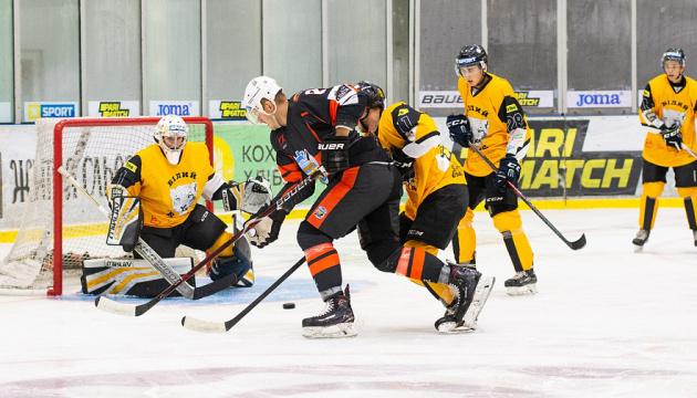 УХЛ: «Кременчук» обіграв «Білий Барс» в першому півфіналі плей-офф